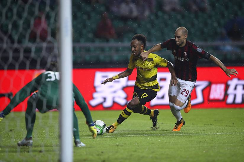 """Aubameyang smonta il Milan: """"Resto al Borussia, questa è casa mia"""""""
